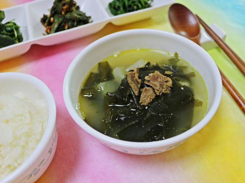 5 Makanan Korea untuk Perayaan Ulang Tahun hingga Kematian