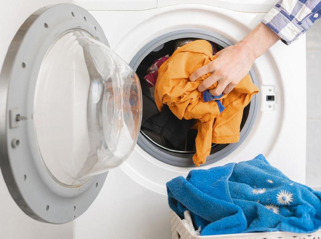 Ubah 5 Kebiasaan Ini agar Mesin Cuci di Rumah Lebih Awet