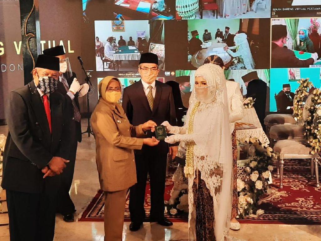 Foto: Seperti Ini Nikah Bareng Virtual Pertama di Indonesia
