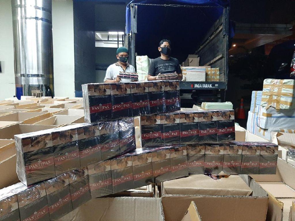Penyelundupan 4,4 Juta Batang Rokok Ilegal di Jateng Digagalkan