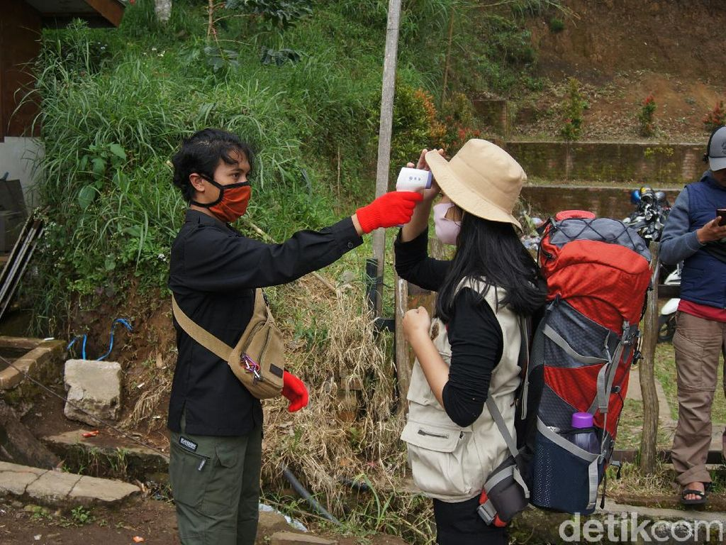Kemenparekraf Kunjungi Objek Wisata Lembang Cek Protokol Kesehatan