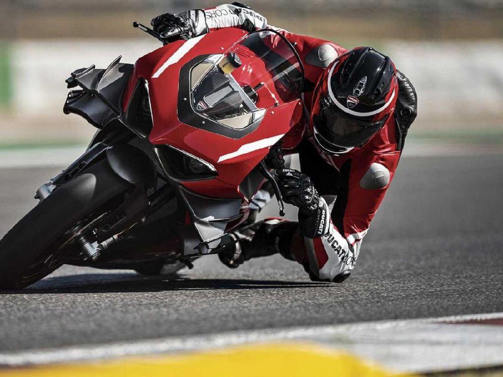 Bikers Beruntung yang Jadi Pemilik Pertama Ducati Superleggera V4