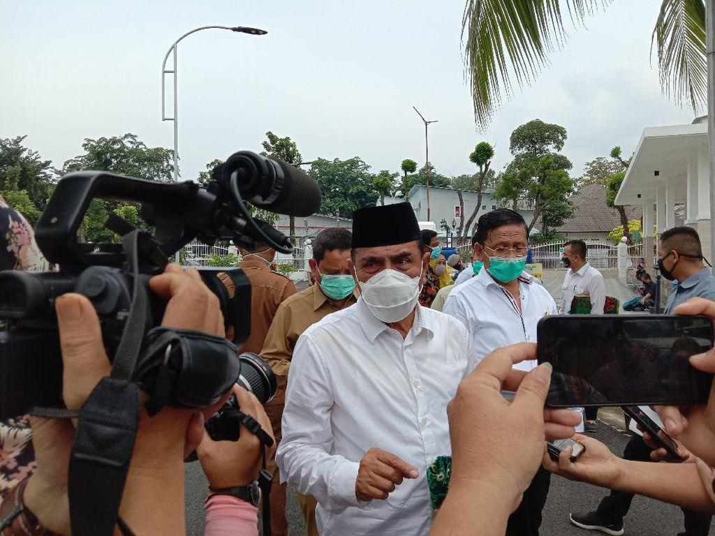 Narasi Lawan Corona Gubsu Edy: Jelangkung, Sujud Risma Hingga Marah Jokowi