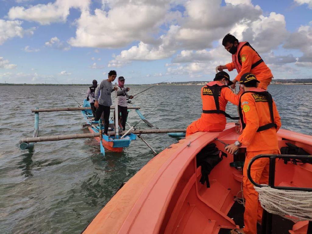 Kapal Nelayan Terbalik di Perairan Benoa Bali, 1 Orang Masih Hilang