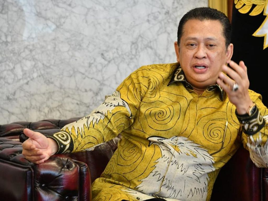 Ketua MPR Dorong Pedagang Pasar Tradisional Melek Teknologi