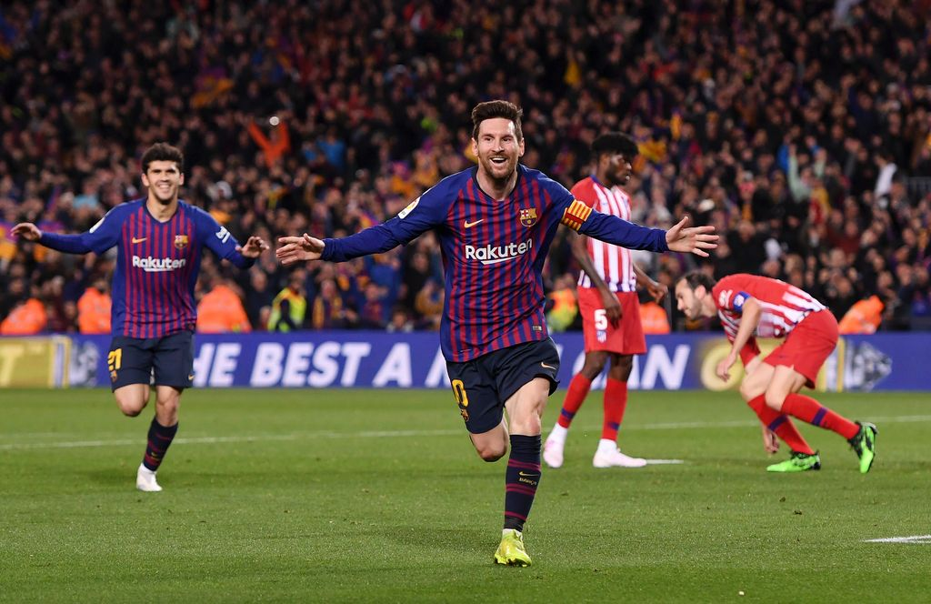BARCELONA, SPAIN - APRIL 06:  Lionel Messi of Barcelona celebrates after scoring his team's second goal during the La Liga match between FC Barcelona and  Club Atletico de Madrid at Camp Nou on April 06, 2019 in Barcelona, Spain. (Photo by Alex Caparros/Getty Images)