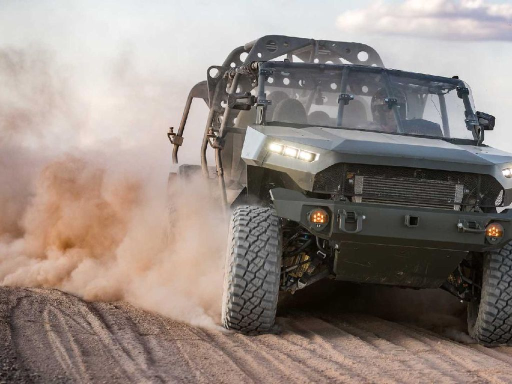 GM Teken Kontrak Buat Mobil Militer Amerika Serikat