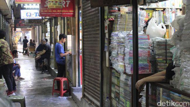 Pasar Buku Palasari Bandung Kembali Bergeliat di Era New Normal