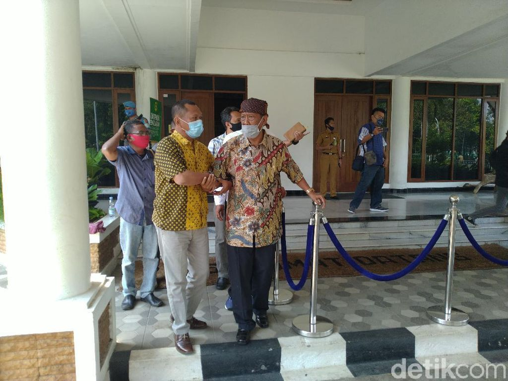 Minta Rhoma Irama Manggung, Surya Atmadja Mohon Maaf ke Bupati Bogor