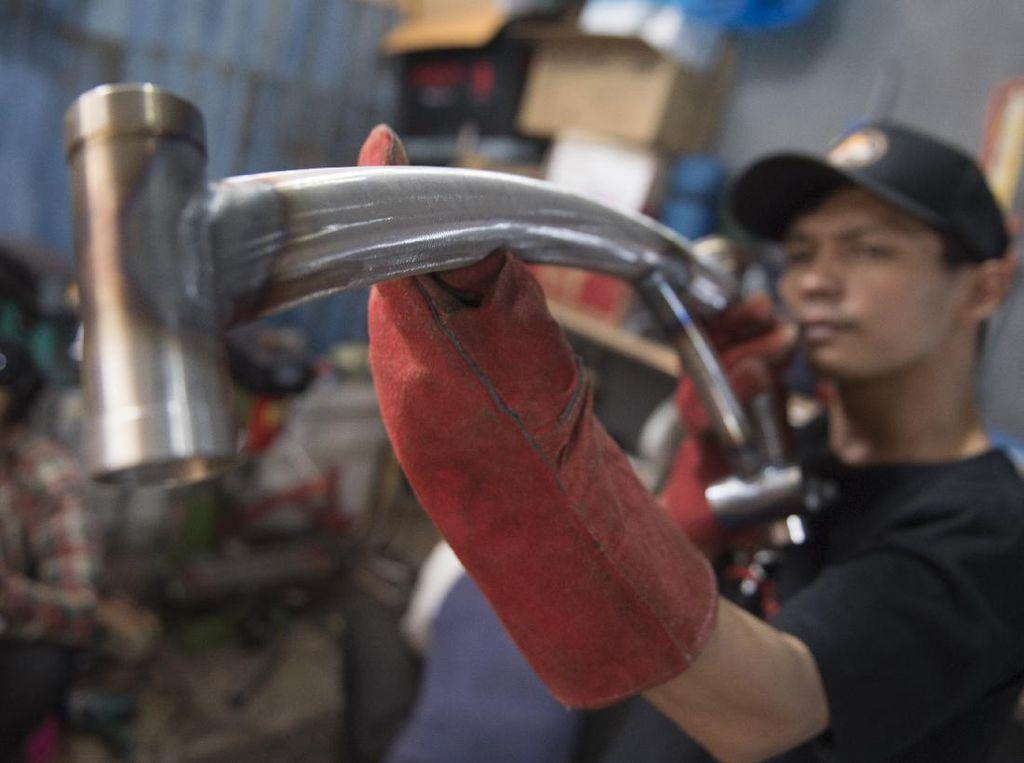 Melihat Produksi Seli Kreuz Asal Bandung