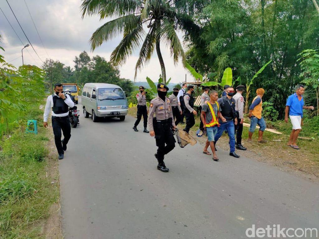 Modus Jual Minuman-Atur Jalan, 39 Preman Dibekuk Polisi di Tasik