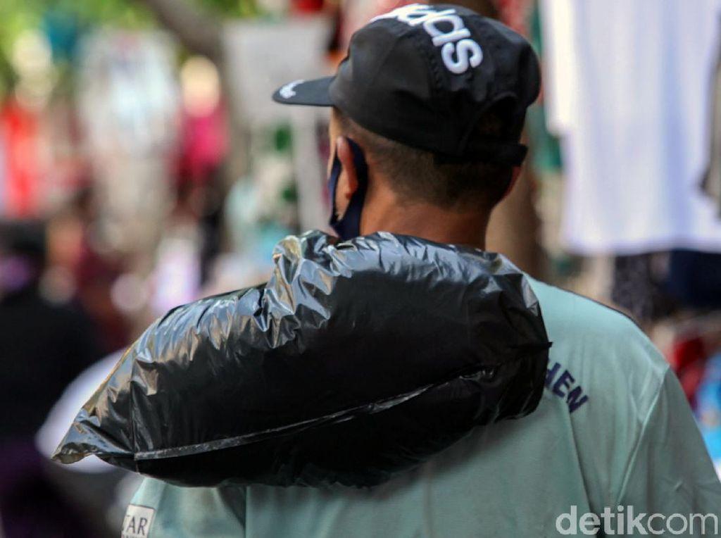 Kantong Plastik Dilarang di DKI, Ada Sanksi Denda-Pencabutan Izin Usaha
