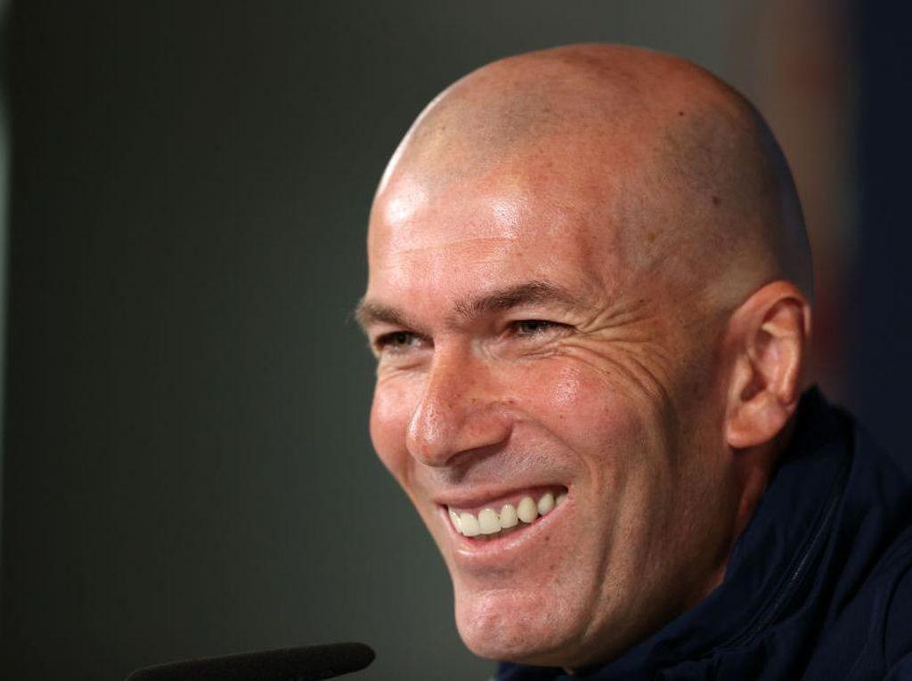 Zidane Akan Gantikan Pirlo di Juventus?