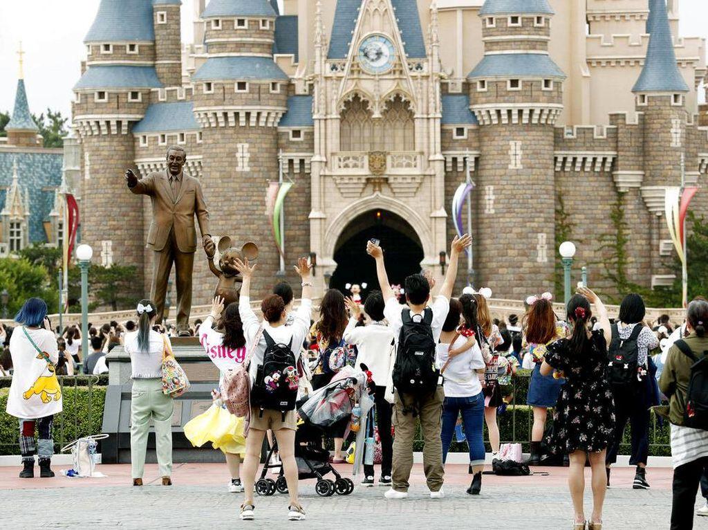 Asyik! Disneyland Tokyo Kembali Dibuka Lho Hari Ini