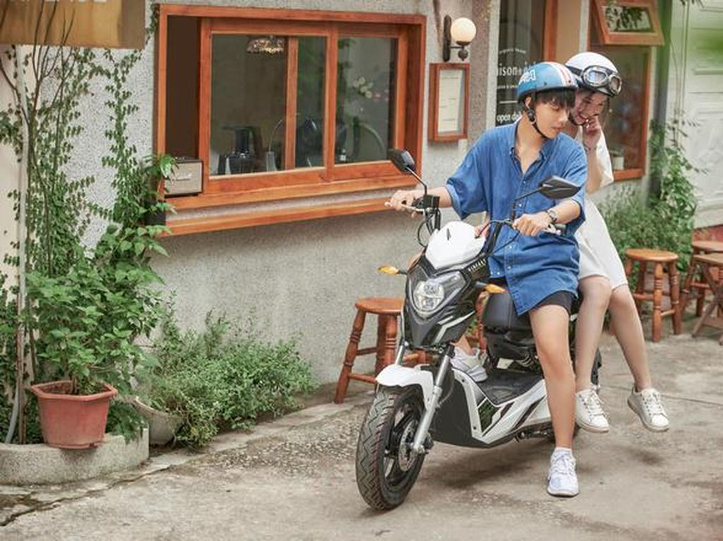 Ini Cara Vietnam Rayu Anak Muda Agar Suka Motor Listrik