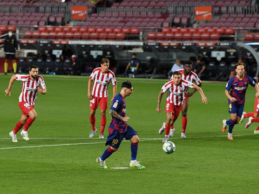 Lionel Messi Cetak Gol ke-700 dengan Penuh Gaya