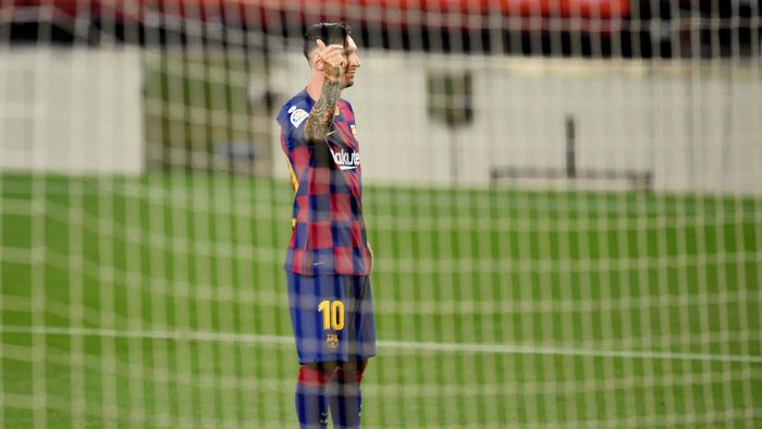 BARCELONA, SPAIN - JUNE 30: Lionel Messi of FC Barcelona celebrates after scoring his teams second goal by penalty against Goalkeeper Jan Oblak of Atletico Madrid during the Liga match between FC Barcelona and Club Atletico de Madrid at Camp Nou on June 30, 2020 in Barcelona, Spain. (Photo by David Ramos/Getty Images)