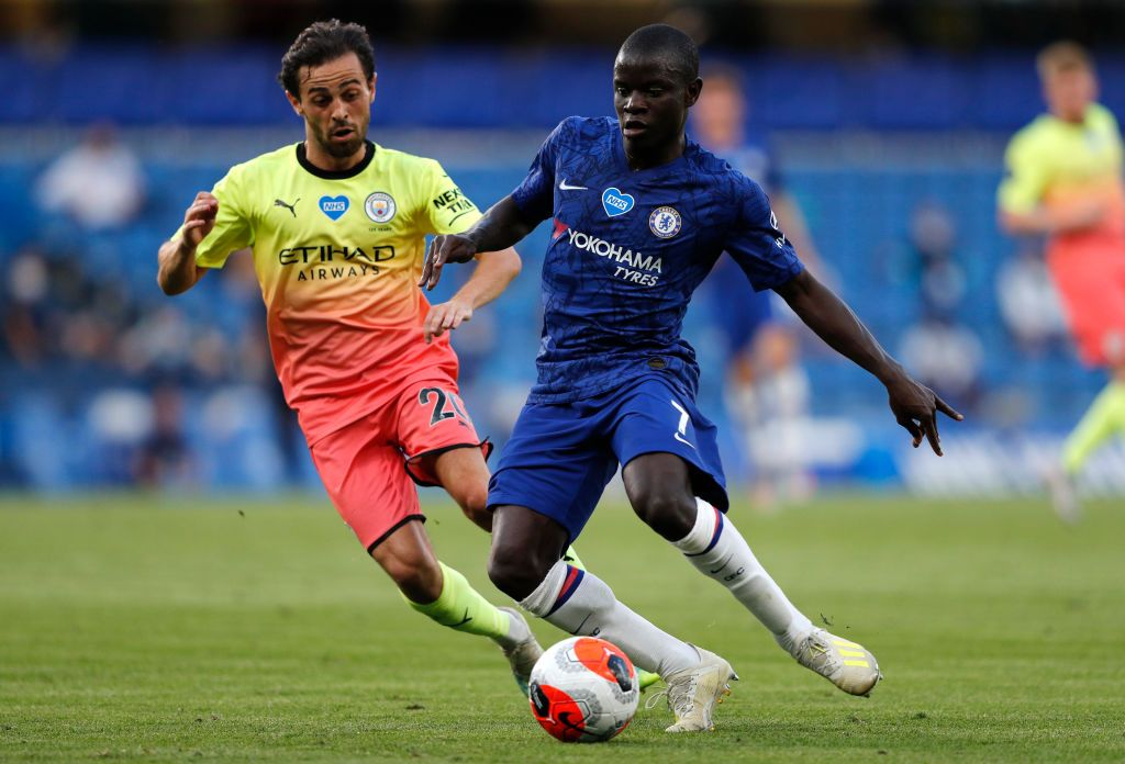 BIRMINGHAM, ENGLAND - JUNE 21: N'Golo Kante of Chelsea warms up ahead of the Premier League match between Aston Villa and Chelsea FC at Villa Park on June 21, 2020 in Birmingham, England. Football Stadiums around Europe remain empty due to the Coronavirus Pandemic as Government social distancing laws prohibit fans inside venues resulting in all fixtures being played behind closed doors. (Photo by Molly Darlington/Pool via Getty Images)