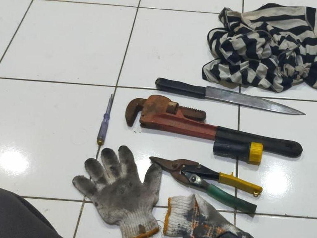 Polisi Tangkap Pemulung yang Gondol 9 Unit AC Hotel di Makassar