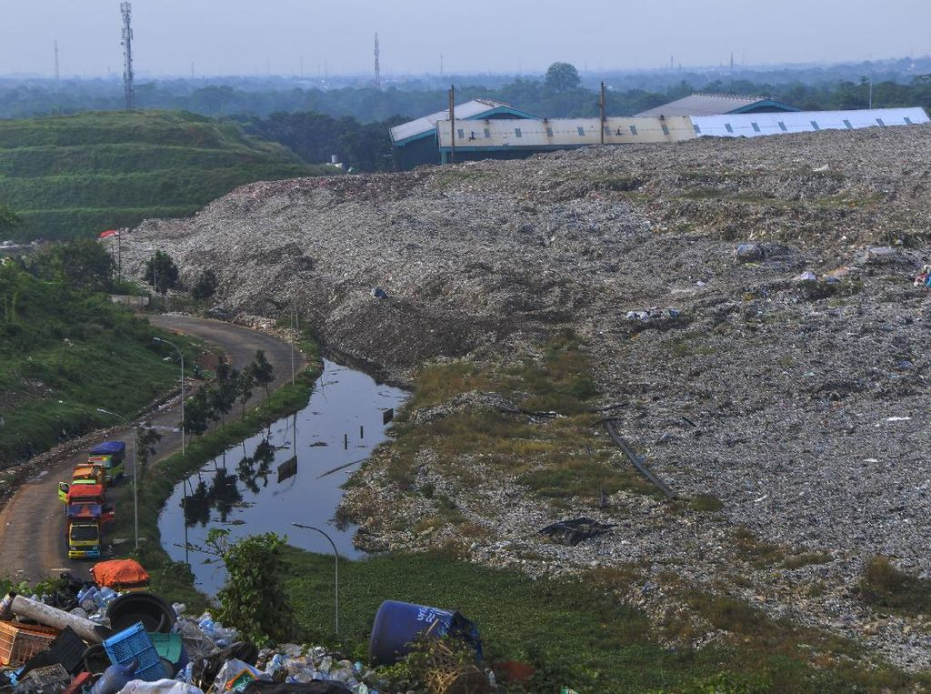 Akhirnya! Ribuan Ton Sampah di Bantargebang Diolah Jadi Bahan Bakar