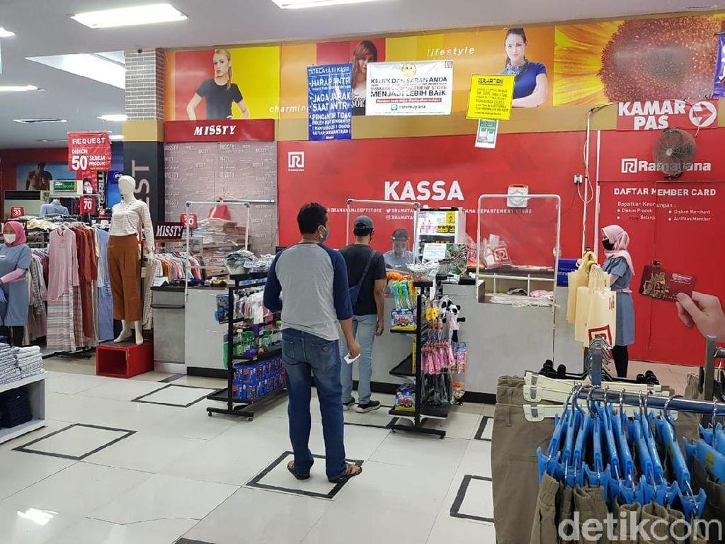 Banyuwangi Atur Ketat Operasional Pasar Modern dan Usaha Hiburan