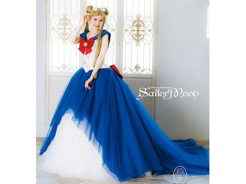 Gaun Pengantin Sailor Moon untuk yang Ingin Menikah dengan Kekuatan Bulan