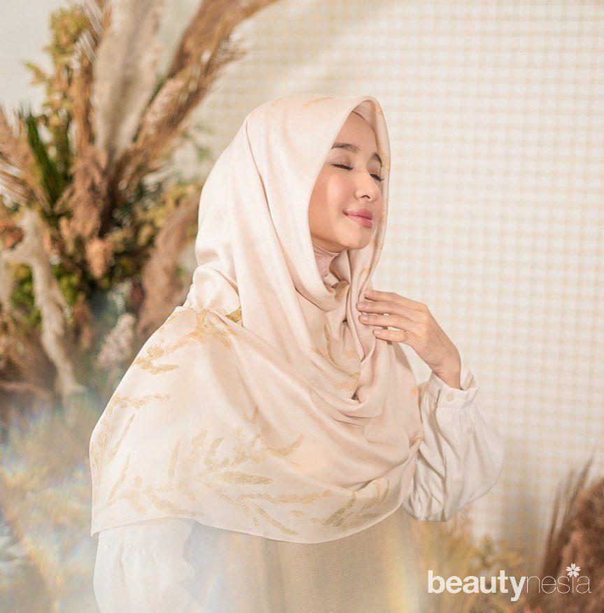 Inner hijab menjadi rahasia kerudung rapi Laudya Cynthia Bella