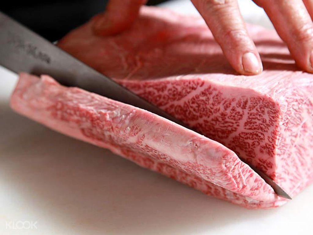 Porsi Ideal Konsumsi Daging Kurban dan Kenali Risikonya Pada Kesehatan