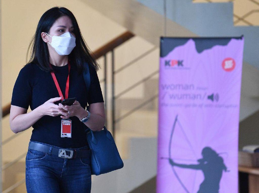 Selebgram Agnes Jennifer Beberkan soal Tas Sosialita Dibeli Anak Nurhadi