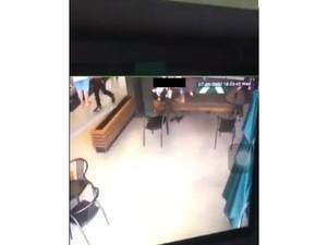 Pegawai Starbucks Intip Pelanggan hingga Makanan untuk Atasi Mr P Loyo