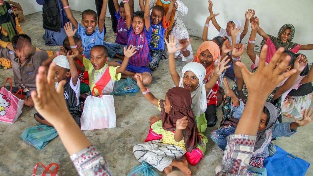 Trauma Healing untuk Anak-anak Imigran Rohingya di Aceh