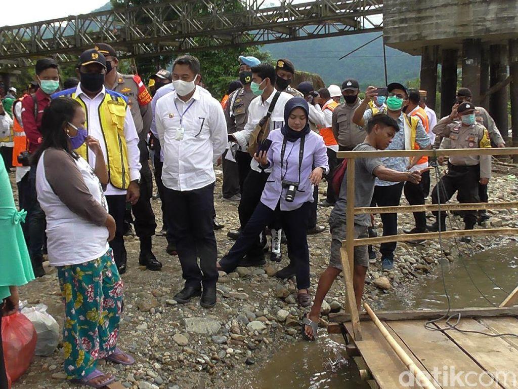 Cek Jembatan Putus di Gorontalo, Wamen PUPR Akan Bangun Jalur Alternatif
