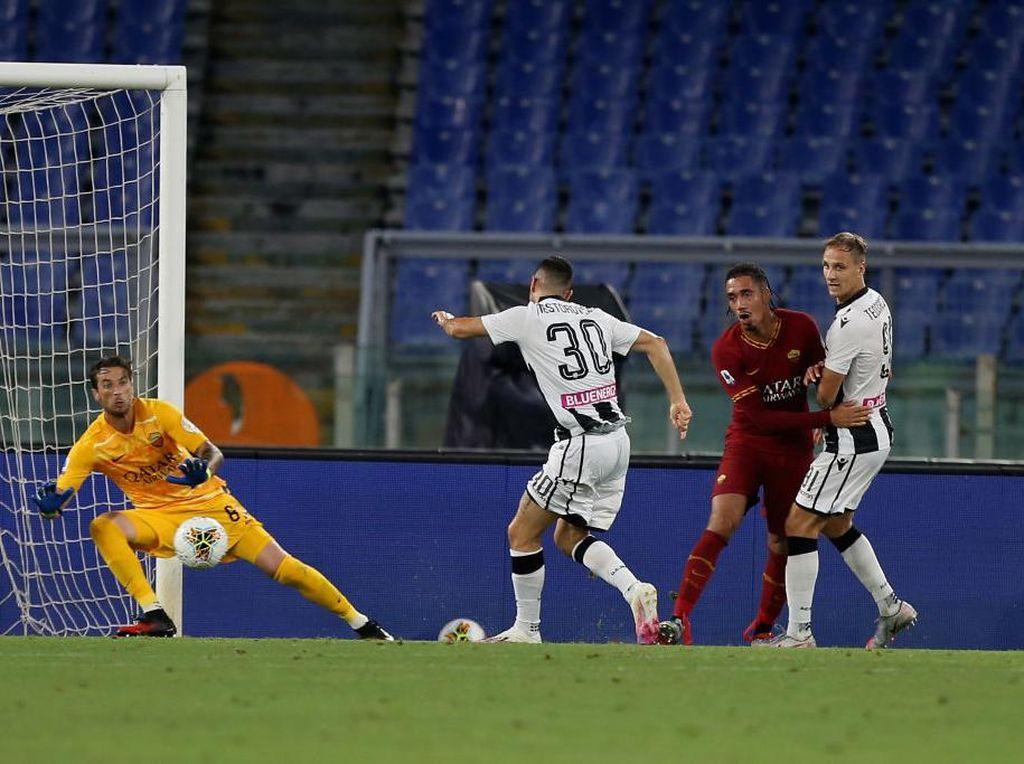 Roma Vs Udinese: Serigala Ibu kota Takluk oleh Zebra Kecil di Kandang