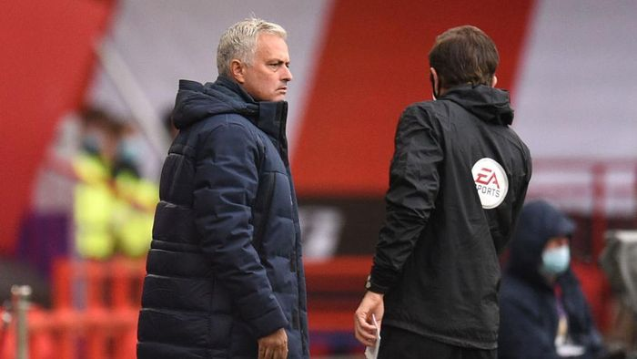 SHEFFIELD, ENGLAND - JULY 02: Jose Mourinho, Manager of Tottenham Hotspur speaks to the fourth official during the Premier League match between Sheffield United and Tottenham Hotspur at Bramall Lane on July 02, 2020 in Sheffield, England. Football Stadiums around Europe remain empty due to the Coronavirus Pandemic as Government social distancing laws prohibit fans inside venues resulting in all fixtures being played behind closed doors. (Photo by Oli Scarff/Pool via Getty Images)