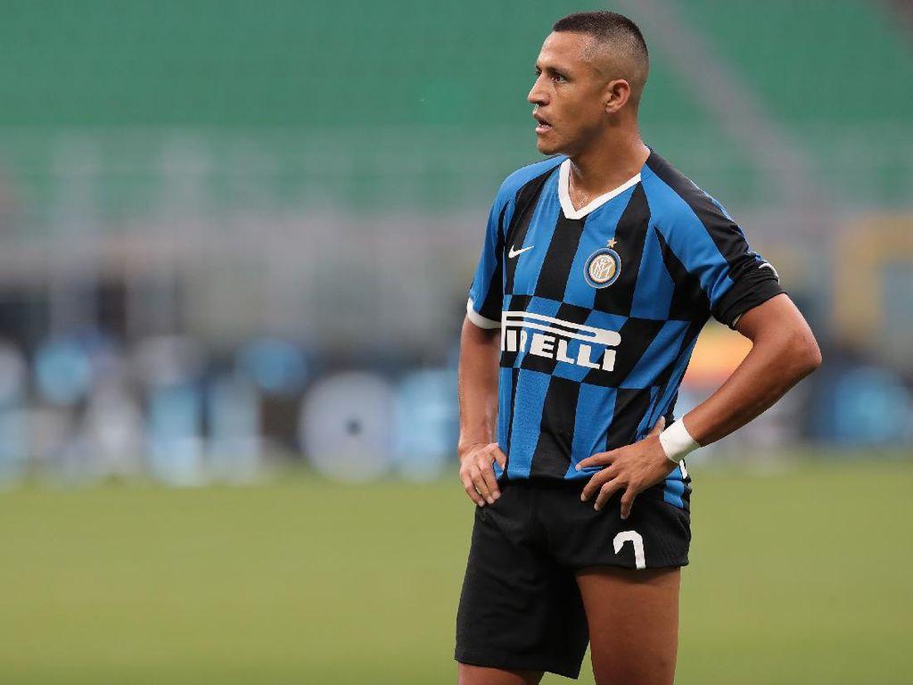 Dikabarkan Cedera, Alexis Sanchez Bisa Absen di Derby Milan