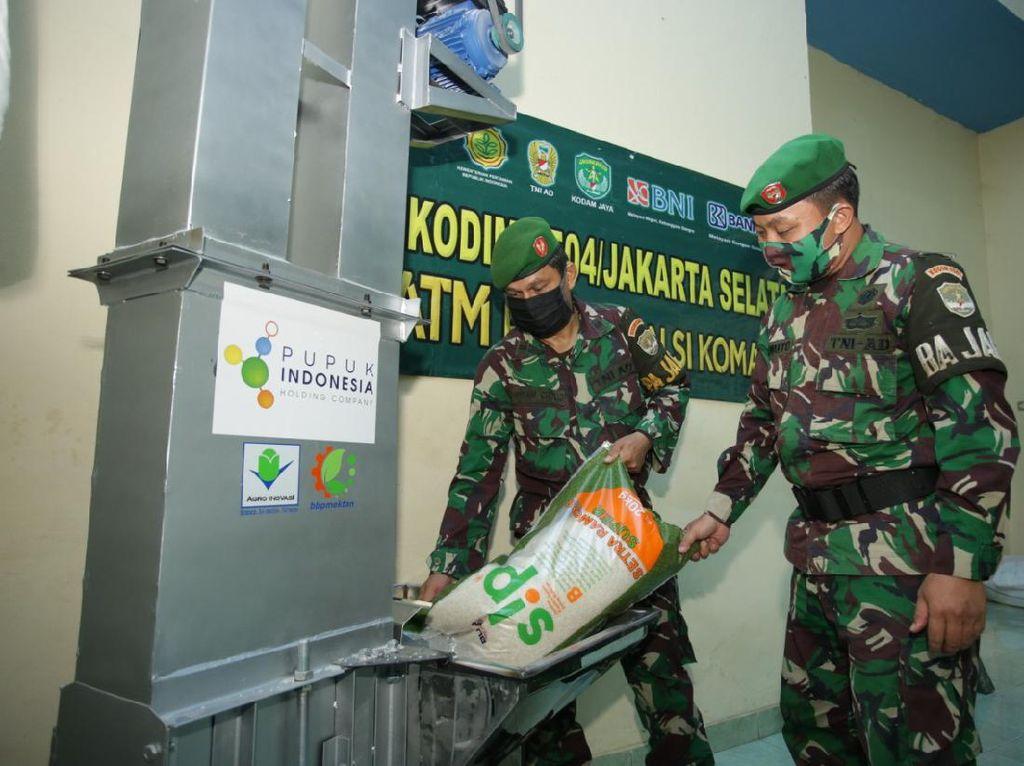 Pupuk Indonesia Pasok 483 Ton Beras ke ATM Pertanian Sikomandan