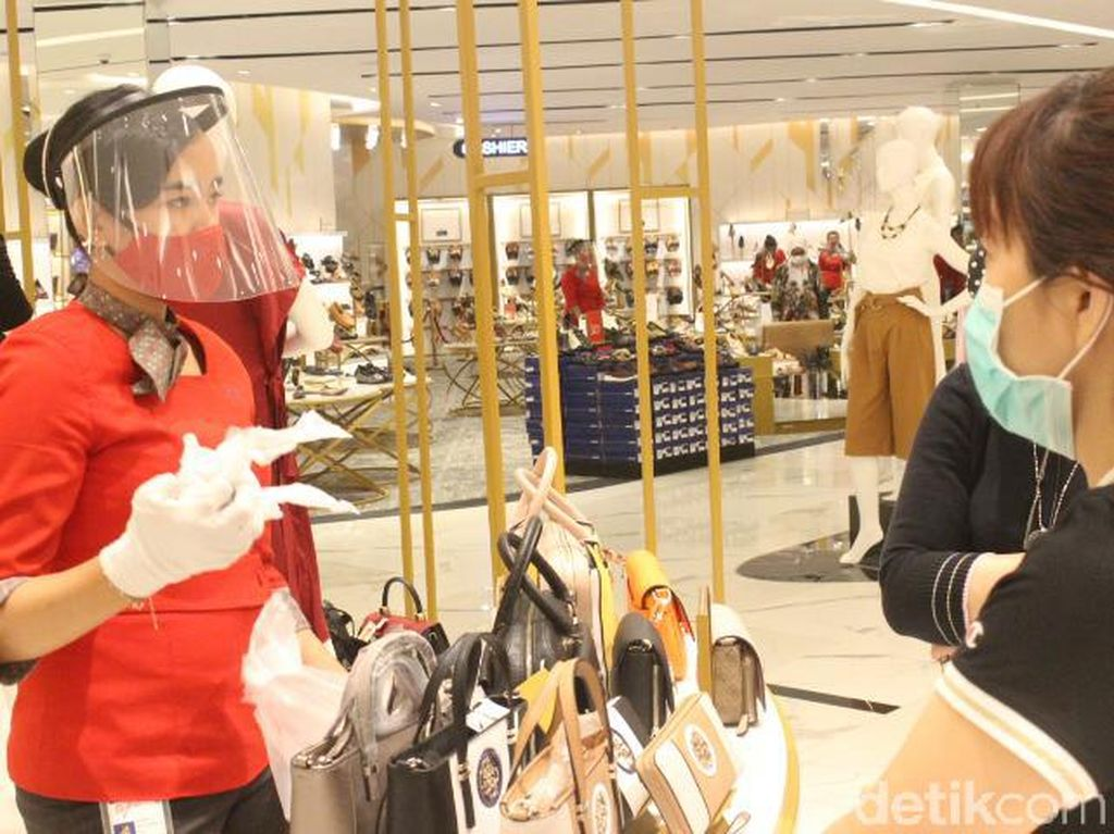 Aturan Baru Berbelanja di Department Store TSM Bandung