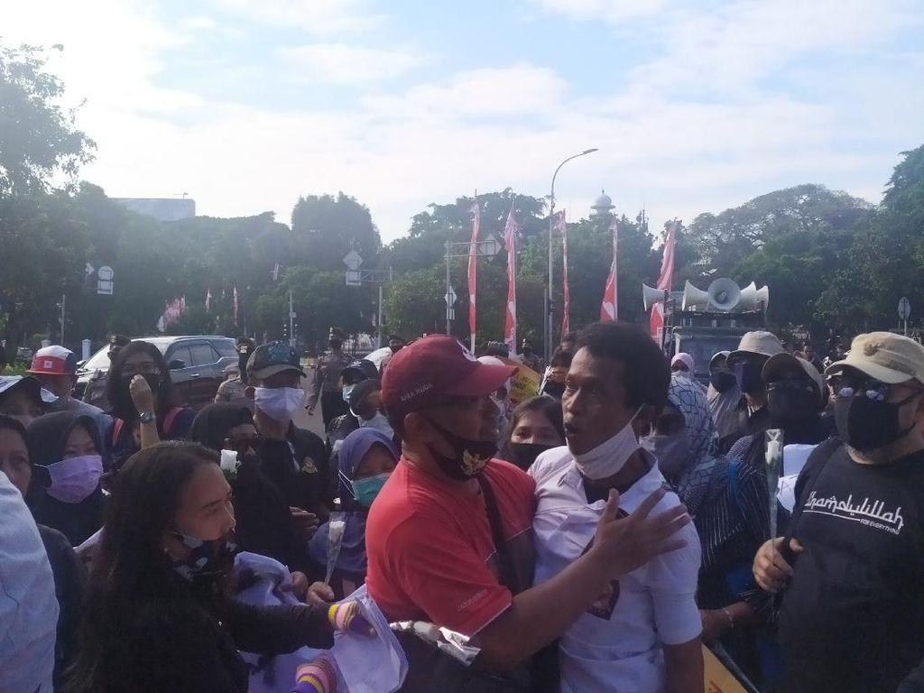 Ortu yang Demo PPDB DKI di Taman Pandang Emosional, Ingin ke Balai Kota