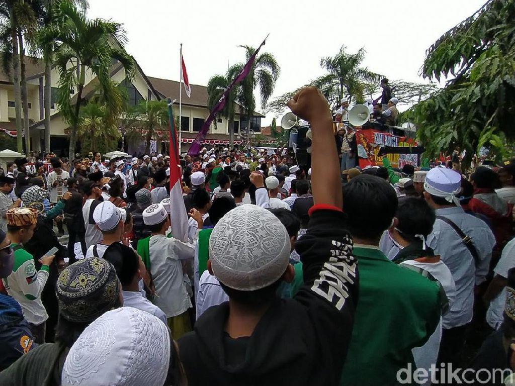 Tolak RUU HIP, Ribuan Warga Demo di Depan Gedung DPRD Ciamis