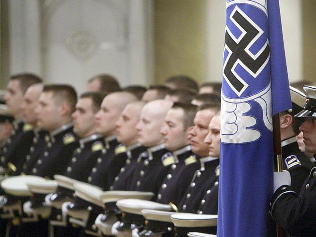Finlandia Diam-diam Ganti Simbol Swastika yang Dipakai Angkatan Udaranya