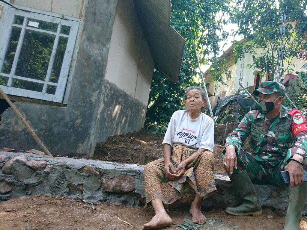 Kisah Nenek 80 Tahun Hidup di Tempat Tak Layak, Kini Rumahnya Dibangun TNI