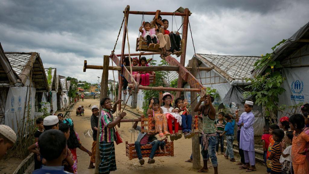 Keseruan Anak-anak Rohingya di Tengah Keterbatasan