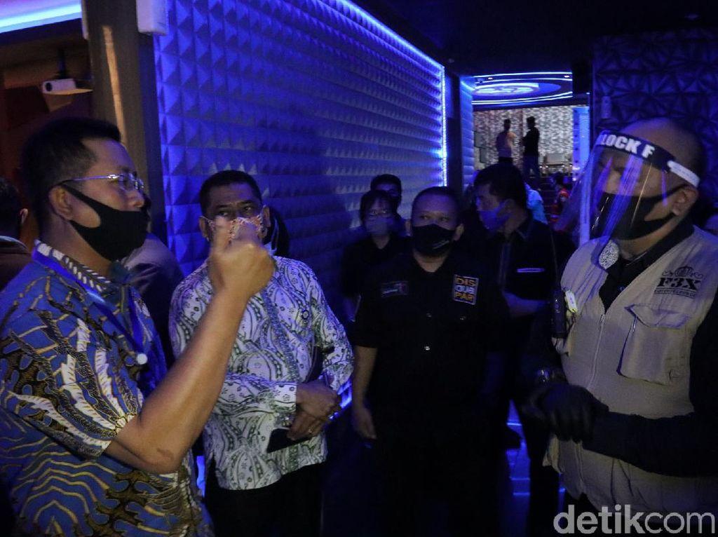Pengunjung Tempat Hiburan di Bandung Diimbau Rapid Test Dulu