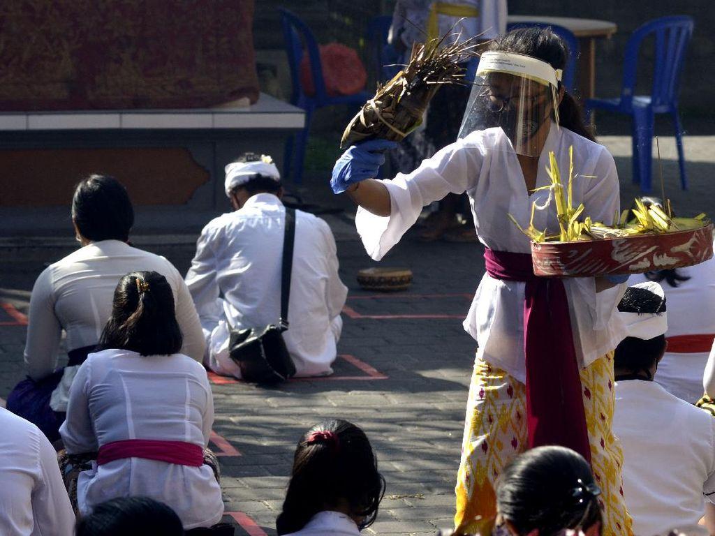 Mengenal Hari Raya Saraswati yang Dirayakan Umat Hindu