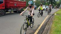 Keren! Polisi di Babakan Madang Patroli Pakai Sepeda