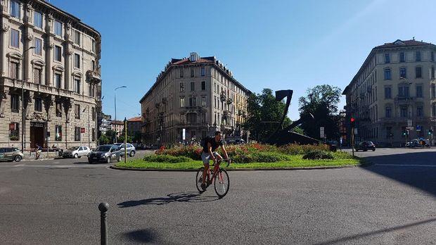 Suasana kota Milan, Italia, yang sepi pascalockdown kedua virus corona. (Dok. Firda Fadhilah)