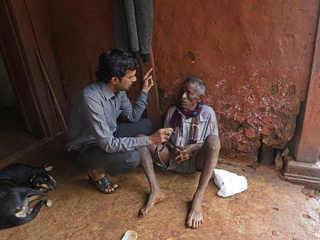 Para Tabib yang Melindungi Desa-desa India dari Virus Corona