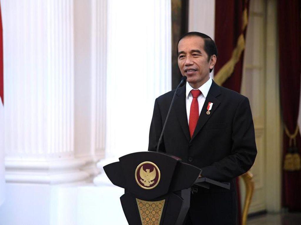 Jokowi ke Anggota Pramuka: Buat Indonesia Selalu Bangga!