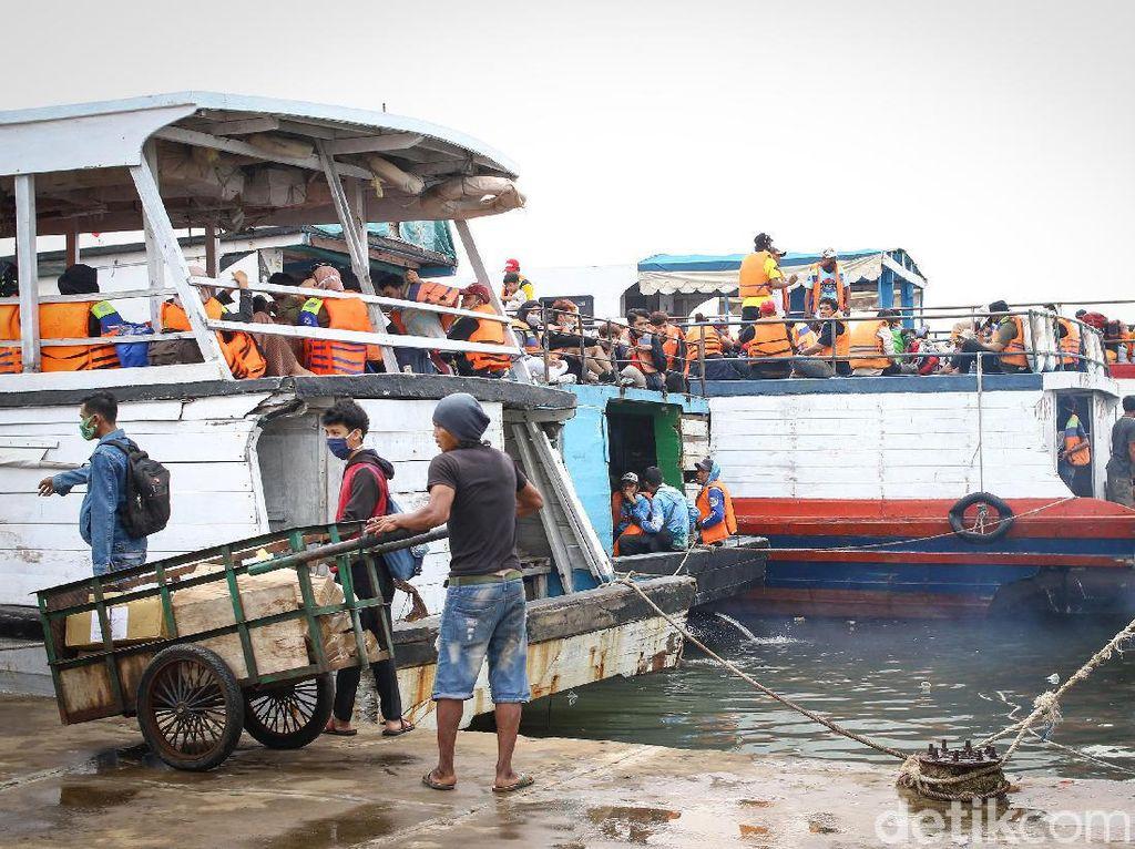 Tiket Kapal ke Kepulauan Seribu Separuh Harga