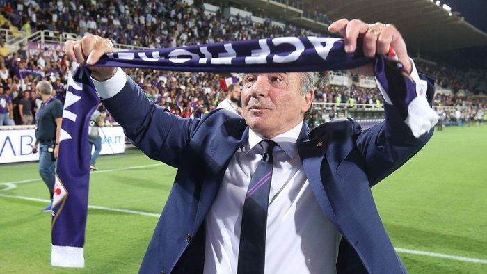 FLORENCE, ITALY - AUGUST 24: Rocco Commisso president of ACF Fiorentina during the Serie A match between ACF Fiorentina and SSC Napoli at Stadio Artemio Franchi on August 24, 2019 in Florence, Italy.  (Photo by Gabriele Maltinti/Getty Images)